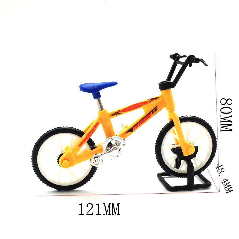 1Pc WPL Simulate Action Figure Bike Bicycle 10cm Random Delivery RC Car Parts 121x48.4x80mm
