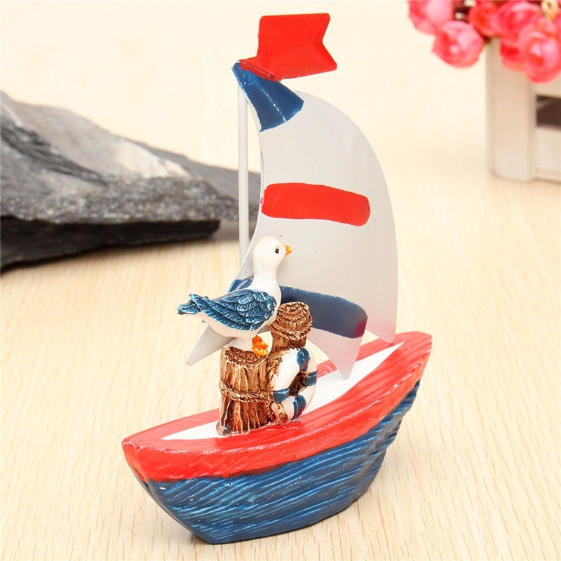 New Nautical Decor Mini Wooden Craft Sailing Boat Home Party Table Desk Dislpay